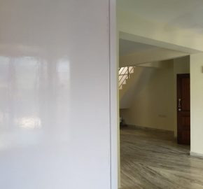 Flat with private terrace – Near Naktala