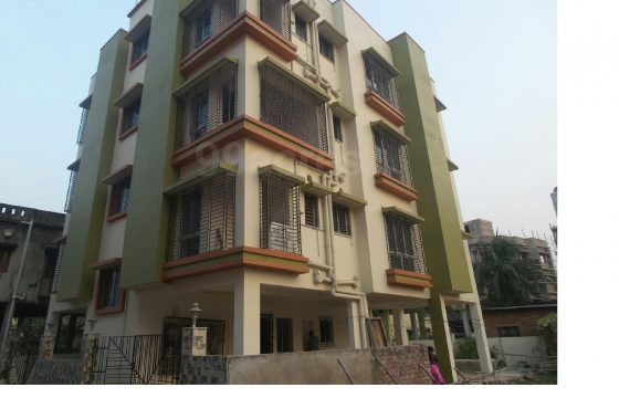Flat near Devi Shetty Hospital, Naybad
